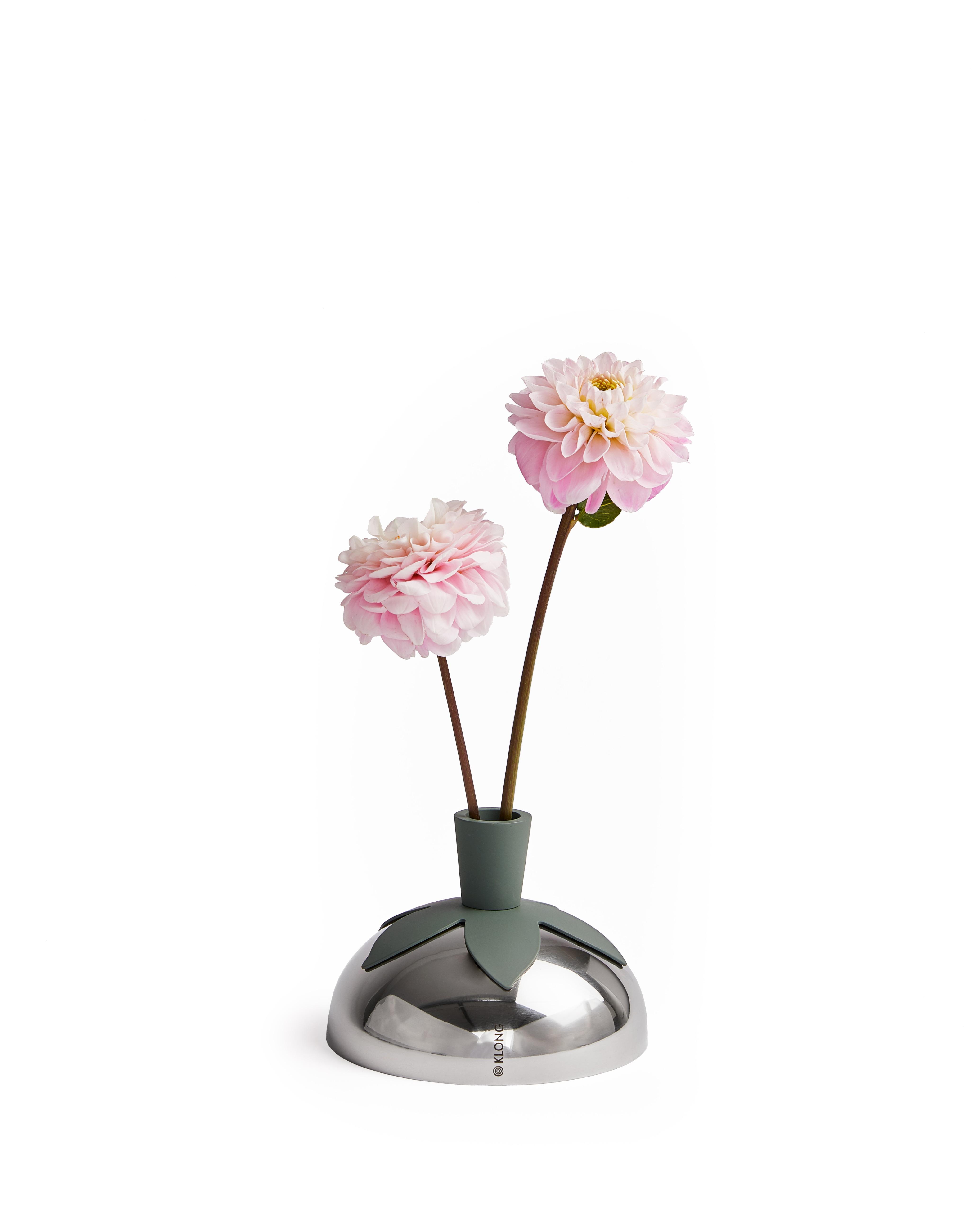 Blad Vase/Candlestick